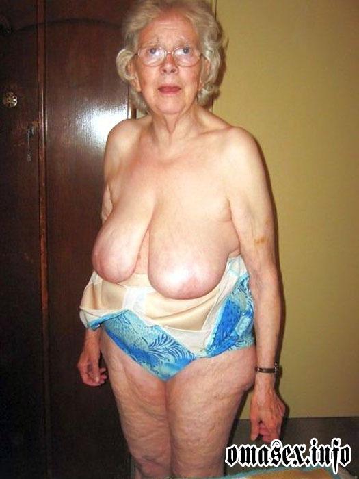 Frivole Oma aus Niederbayern