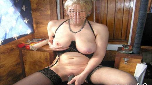 Sexy Oma aus Neuss sucht