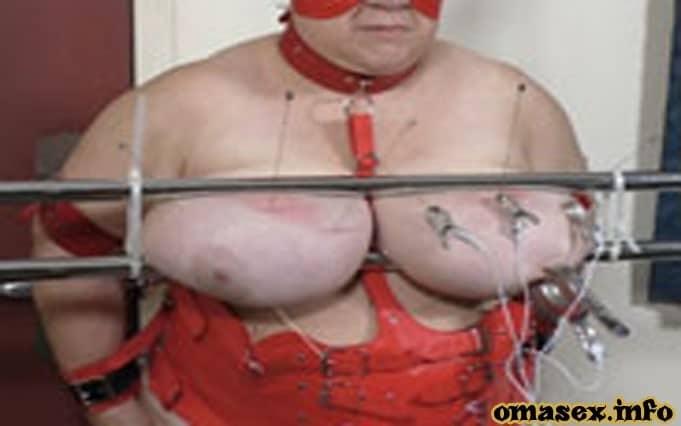 Versaute Omas stehen auf Fetischsex